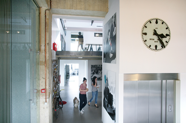 oficina_moderna_creativa_croacia_2
