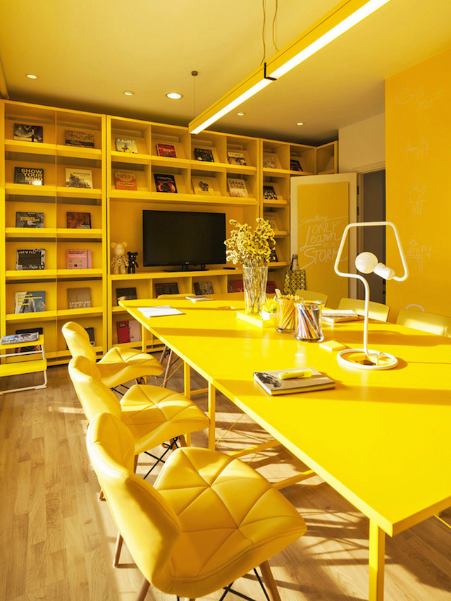 oficinas_monocromaticas_10