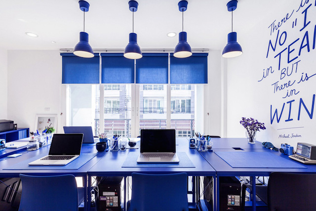 oficinas_monocromaticas_2