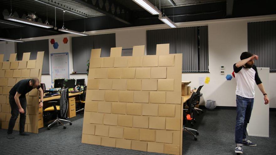 castillo_carton_oficina_6