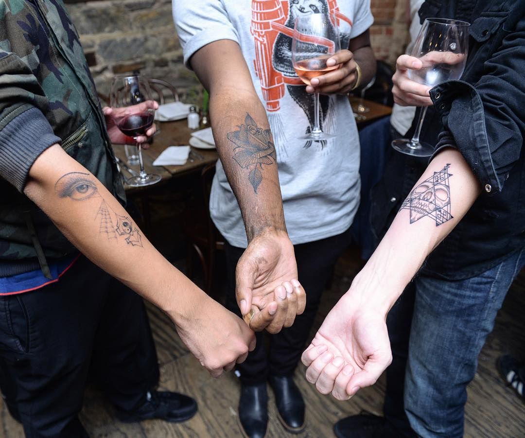 tatuajes_gratis_agujero_sorpresa_1