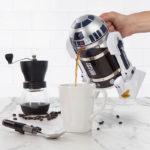 Empezá mejor el día con esta fabulosa cafetera R2-D2 de Star Wars