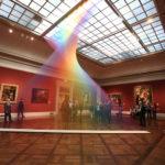 Espectacular arco iris indoor en el museo de arte de Toledo