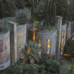 Arquitecto transforma una antigua fábrica de cemento en su casa