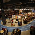 Un espectacular centro de deportes en el interior de una tienda deportiva
