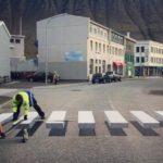 Esta senda peatonal frena el tránsito con un espectacular efecto 3D