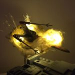 Naves de Starwars en miniatura explotan mediante algodón y luces LED