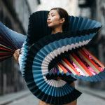 Fabulosas fotografías de bailarines de ballet vestidos con trajes de papel