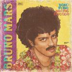 Portadas de álbumes de estrellas pop actuales con estilo 80's