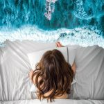 Realidades alternativas y surrealistas en el arte digial de Kameliya Schneider