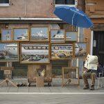 El artista callejero Banksy se coló a la Bienal de Arte de Venecia