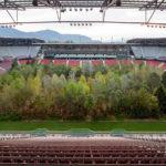 Un estadio en Austria lleno de 300 árboles para concientizar sobre el futuro de los espacios naturales